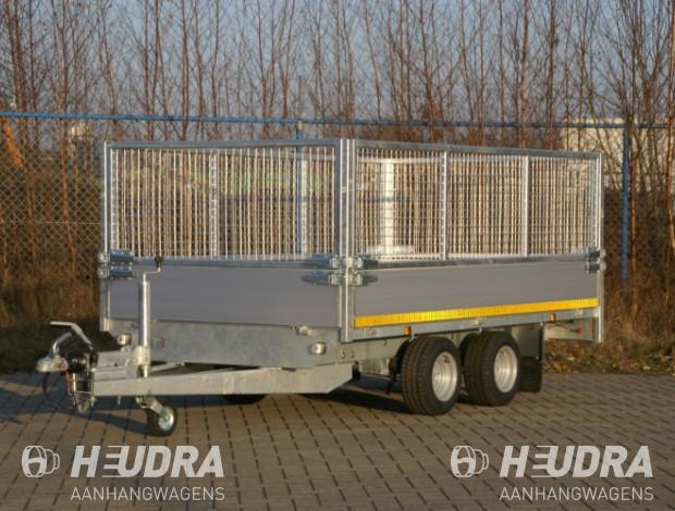 eduard-plateauwagen-met-loofrekken-aanhanger