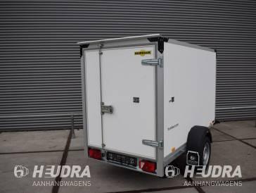 Humbaur gesloten aanhangwagen 1500kg 251x132x152cm