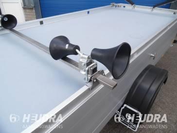 Trompetrollen voor bootvervoer