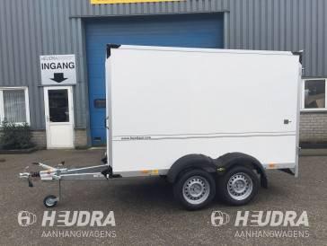 Humbaur 2500kg 304x151x180cm gesloten aanhangwagen