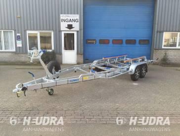 Vlemmix 840x255cm 3500kg uitvoering boottrailer