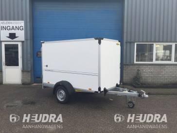 Humbaur 1300kg 304x151x180cm gesloten aanhangwagen