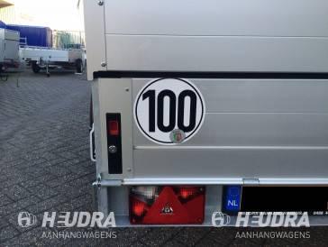 Tempo 100 + asschokbrekers gemonteerd voor geremde aanhangwagens
